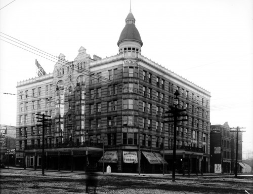 A New Beginning in 1902: Meet the Commercial Club